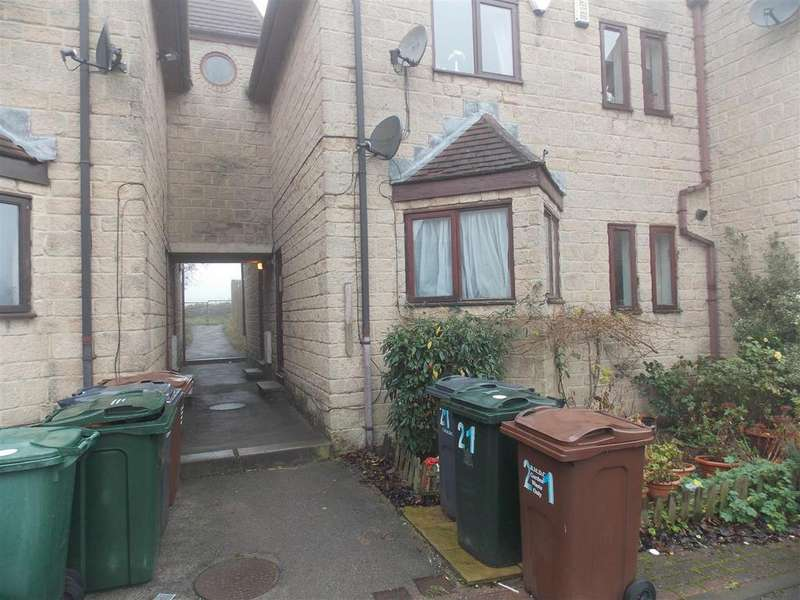 2 Bedrooms Flat for sale in 19 Ashington Close, Eccleshill, Bradford, BD2 3SW