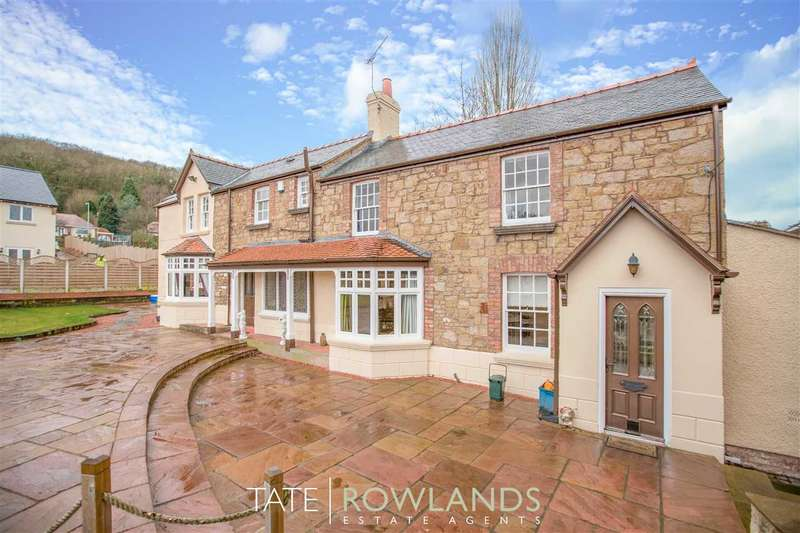 4 Bedrooms Detached House for sale in Underwood, Brynford Street, Holywell
