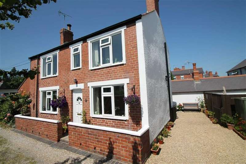 3 Bedrooms Detached House for sale in William Street, Ponciau, Wrexham