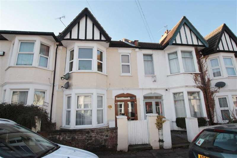 3 Bedrooms Terraced House for sale in Ramuz Drive, Westcliff-On-Sea, Essex