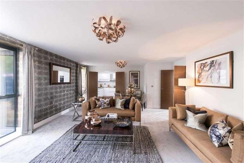 2 Bedrooms Flat for sale in Catherine's Walk, Chestnut Avenue, Guildford, Surrey, GU2