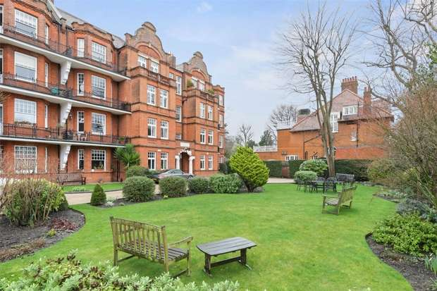 3 Bedrooms Flat for sale in Bedford Park Mansions, The Orchard, Chiswick