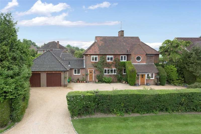 4 Bedrooms Detached House for sale in Doggetts Wood Lane, Chalfont St Giles, HP8