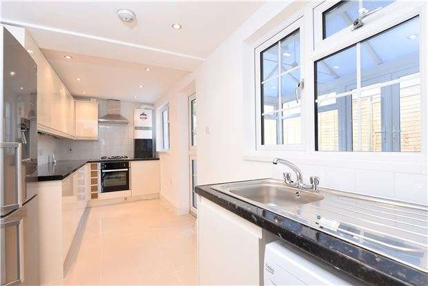 4 Bedrooms End Of Terrace House for sale in Albert Road, LONDON, SE25