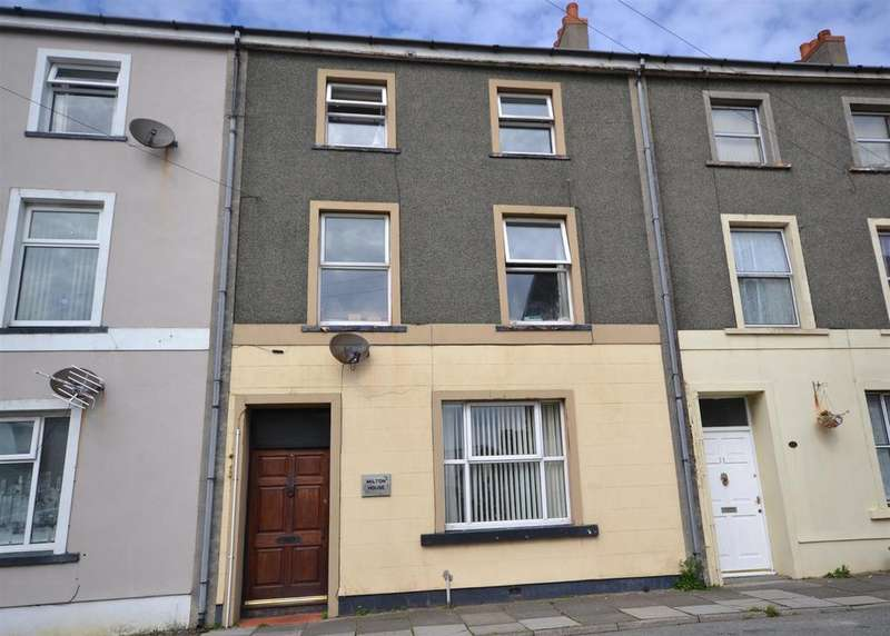 4 Bedrooms Terraced House for sale in Neyland, Milford Haven