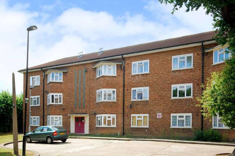 3 Bedrooms Flat for sale in Palmerston Road, Wood Green, N22