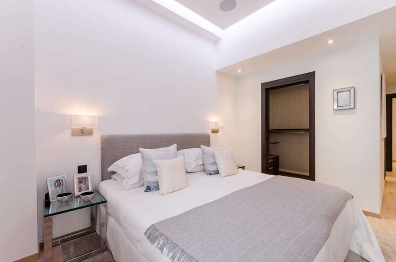 2 Bedrooms Flat for sale in The Loft House, Fulham, SW6