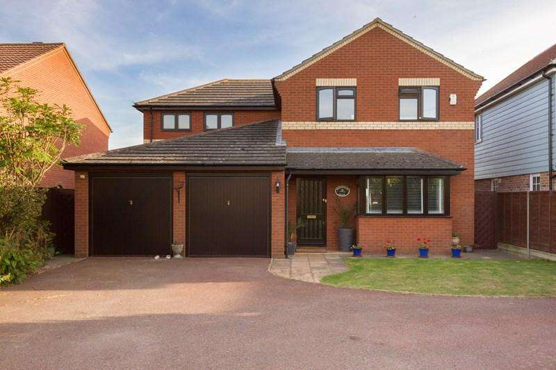 4 Bedrooms Detached House for sale in Steam Mill Road, Bradfield, Manningtree