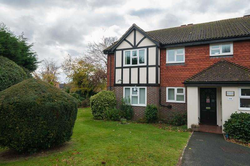 2 Bedrooms Retirement Property for sale in Linden Chase, Uckfield