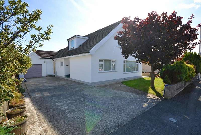 5 Bedrooms Detached Bungalow for sale in Fishguard
