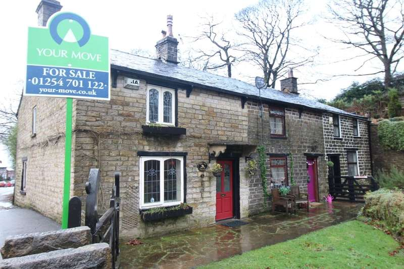 2 Bedrooms Property for sale in Moss Gap, Darwen, BB3