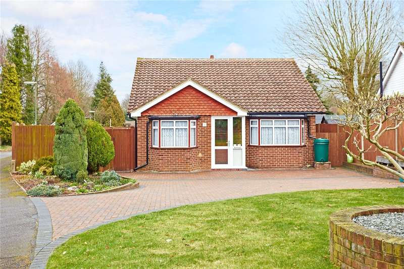 2 Bedrooms Detached Bungalow for sale in Chelwood Close, Epsom, Surrey, KT17