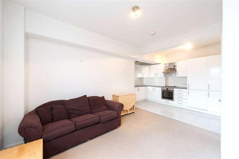 1 Bedroom Flat for sale in Kings Court, Hamlet Gardens, London