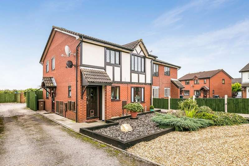 2 Bedrooms Flat for sale in Smale Rise, Oswestry, SY11