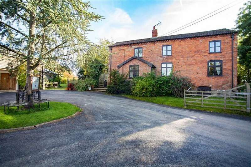 3 Bedrooms Detached House for sale in Broxwood, BROXWOOD, Pembridge, Herefordshire