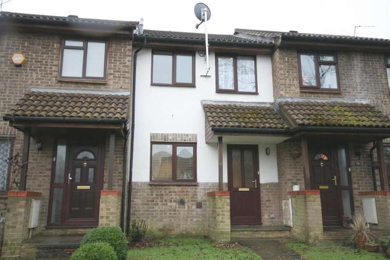 2 Bedrooms Terraced House for sale in Stonefield Way, Burgess Hill