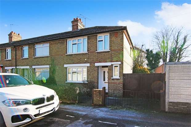 3 Bedrooms End Of Terrace House for sale in Priors Croft, Walthamstow, London