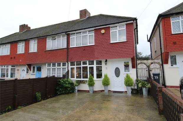 3 Bedrooms End Of Terrace House for sale in Lansbury Avenue, Feltham, Middlesex