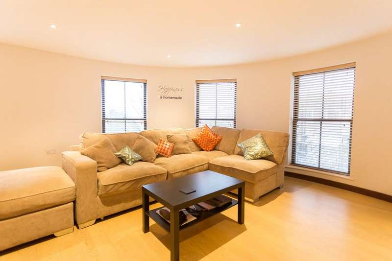 2 Bedrooms Apartment Flat for sale in St Julians Avenue, St. Peter Port, Guernsey
