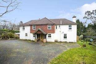 5 Bedrooms Detached House for sale in Warren Lane, Cross In Hand, Heathfield, East Sussex