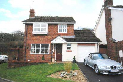 3 Bedrooms Detached House for sale in Honiton, Devon