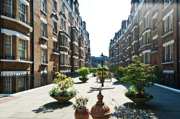 1 Bedroom Apartment Flat for sale in Marlborough Walton Street, Chelsea, SW3