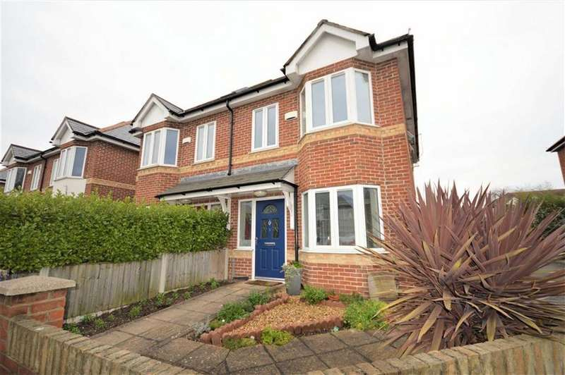 3 Bedrooms Semi Detached House for sale in Orchard Mews, Bournemouth, BH10