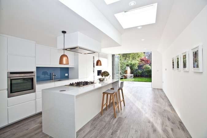3 Bedrooms Terraced House for sale in Quick Road, Chiswick