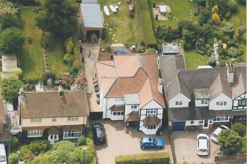 4 Bedrooms Detached House for sale in Tower Road, Four Oaks, Sutton Coldfield, West Midlands