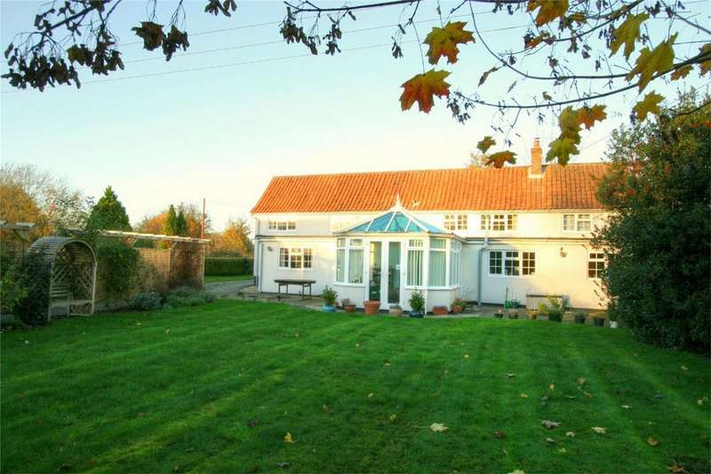 4 Bedrooms Detached House for sale in Long Row (REAR PHOTO) NR16 1PA, Tibenham, Norfolk