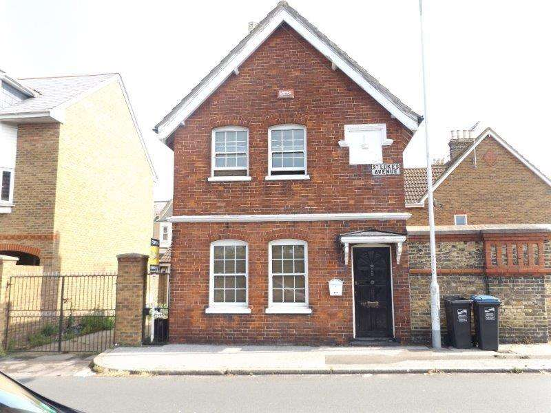 3 Bedrooms Detached House for sale in St Lukes Avenue, Ramsgate