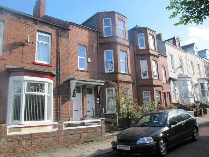 4 Bedrooms Flat for sale in Dean Terrace, South Shields
