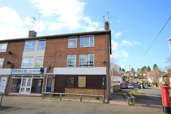 2 Bedrooms Apartment Flat for sale in Hemdean Road, Caversham, Reading, RG4
