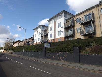 2 Bedrooms Flat for sale in Telegraph Lane East, Norwich, Norfolk
