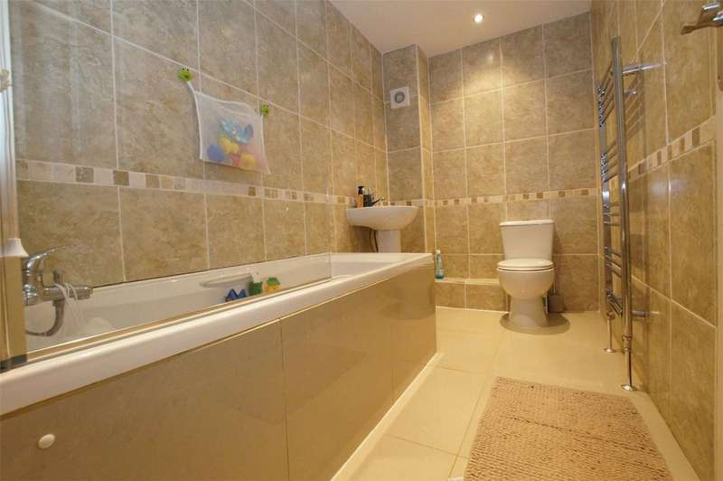 4 Bedrooms Terraced House for sale in Church House, 33 St Sepulchre Street, Scarborough