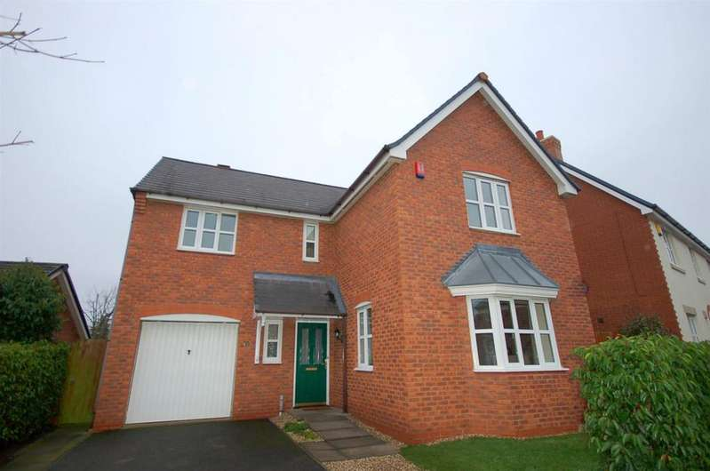 4 Bedrooms Detached House for sale in Parklands Drive, Wychwood Village