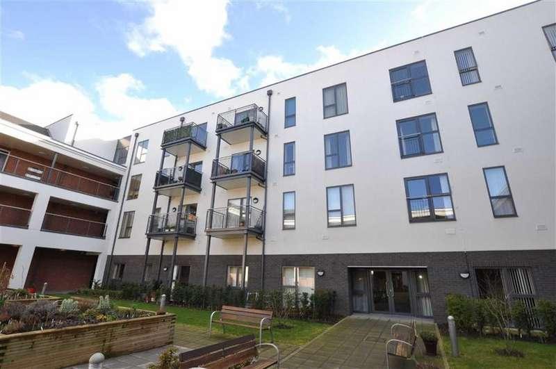2 Bedrooms Retirement Property for sale in Queensway Court, Queensway, Leamington Spa