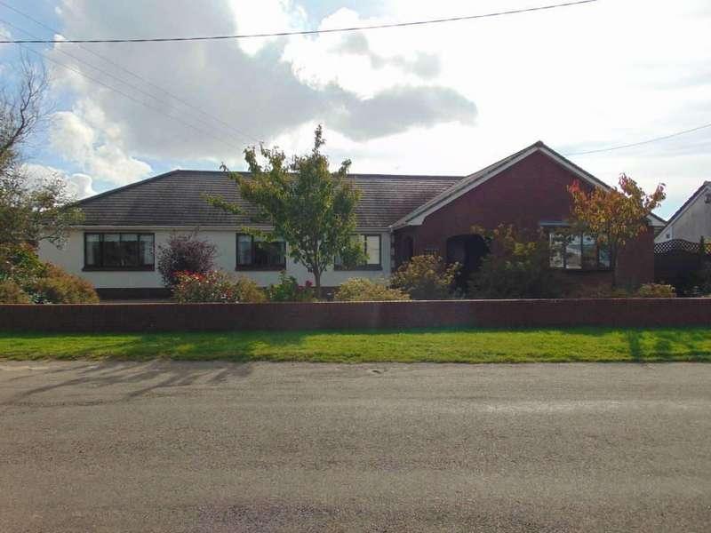 4 Bedrooms Detached Bungalow for sale in Crud Yr Awel, Trimsaran