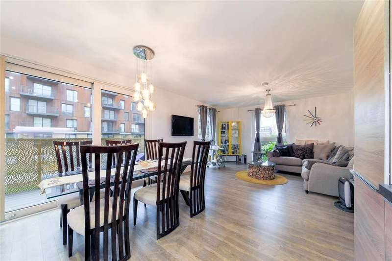 2 Bedrooms Apartment Flat for sale in Copenhagen Court, Greenland Place, SE8
