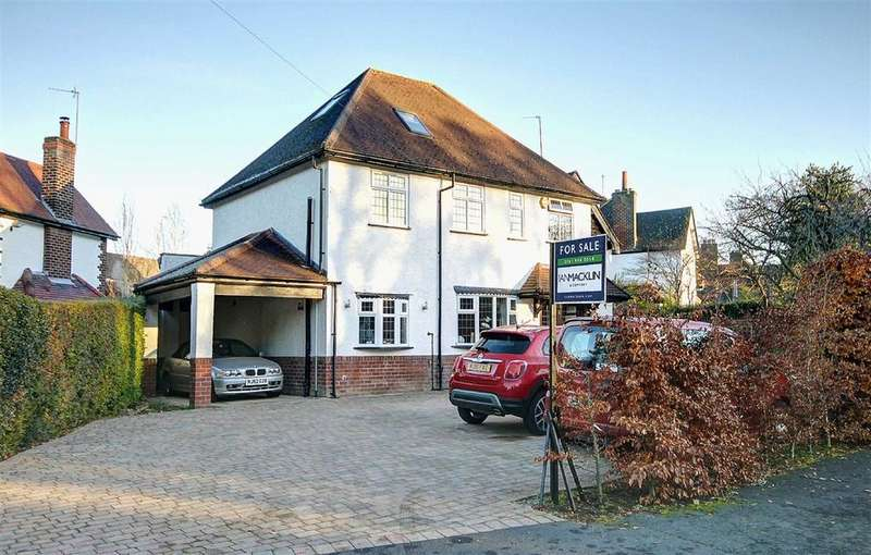 5 Bedrooms Detached House for sale in Chapel Lane, Hale Barns, Cheshire