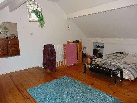 3 Bedrooms Terraced House for rent in Langdon Street, Sheffield