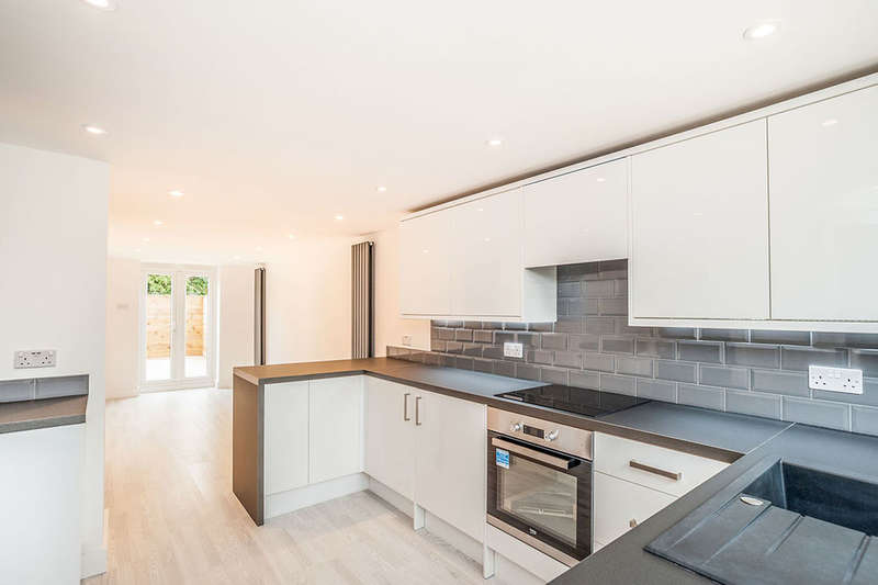 1 Bedroom Flat for sale in A Westerdale, Hemel Hempstead, HP2