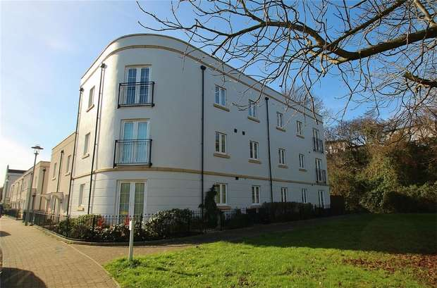2 Bedrooms Flat for sale in Gateway Terrace, Portishead, Somerset