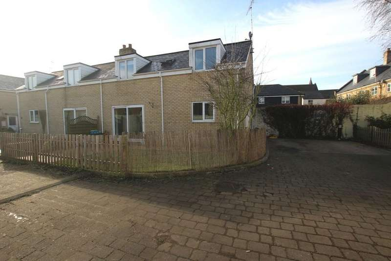 2 Bedrooms Semi Detached House for sale in Victoria Street, Ely