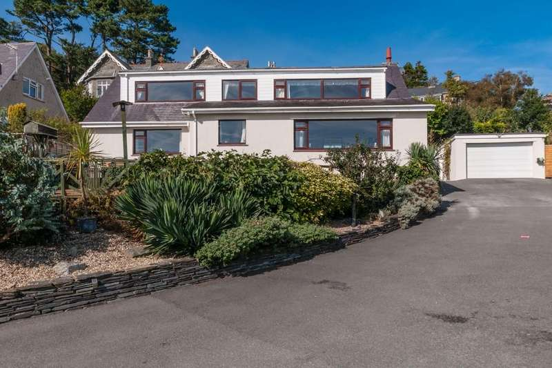 5 Bedrooms Detached House for sale in Lon Ednyfed, Criccieth, North Wales