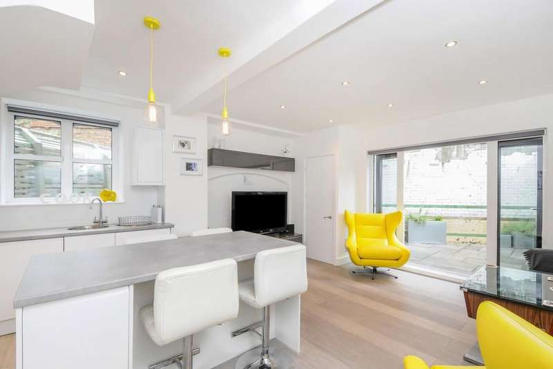 2 Bedrooms Flat for sale in Petherton Road, Highbury, N5