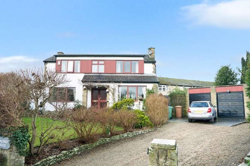 3 Bedrooms Detached House for sale in The Close, Boston Spa, LS23