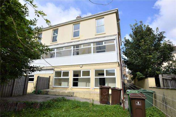 3 Bedrooms Semi Detached House for sale in Old Laira Road, Laira, Plymouth, Devon