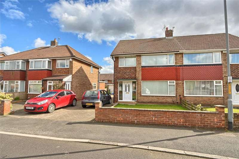 3 Bedrooms Semi Detached House for sale in Bramble Road, Fern Park