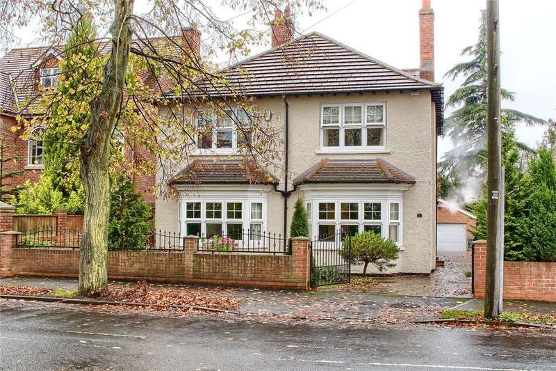 4 Bedrooms Detached House for sale in Connaught Road, Nunthorpe